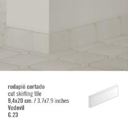 Plinthe intérieur Vodevil. 9.4x20 cm - 2mL Vives Azulejos y Gres