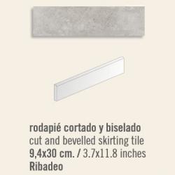 Plinthe intérieur Ribadeo 9.4x30 cm - 13.50mL
